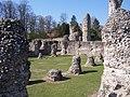 Abbey Ruins - Bury St. Edmunds - geograph.org.uk - 2177035.jpg