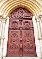 Accès façade Ouest de la Basilique Saint-Jean-Baptiste par Valentin Pichon.JPG