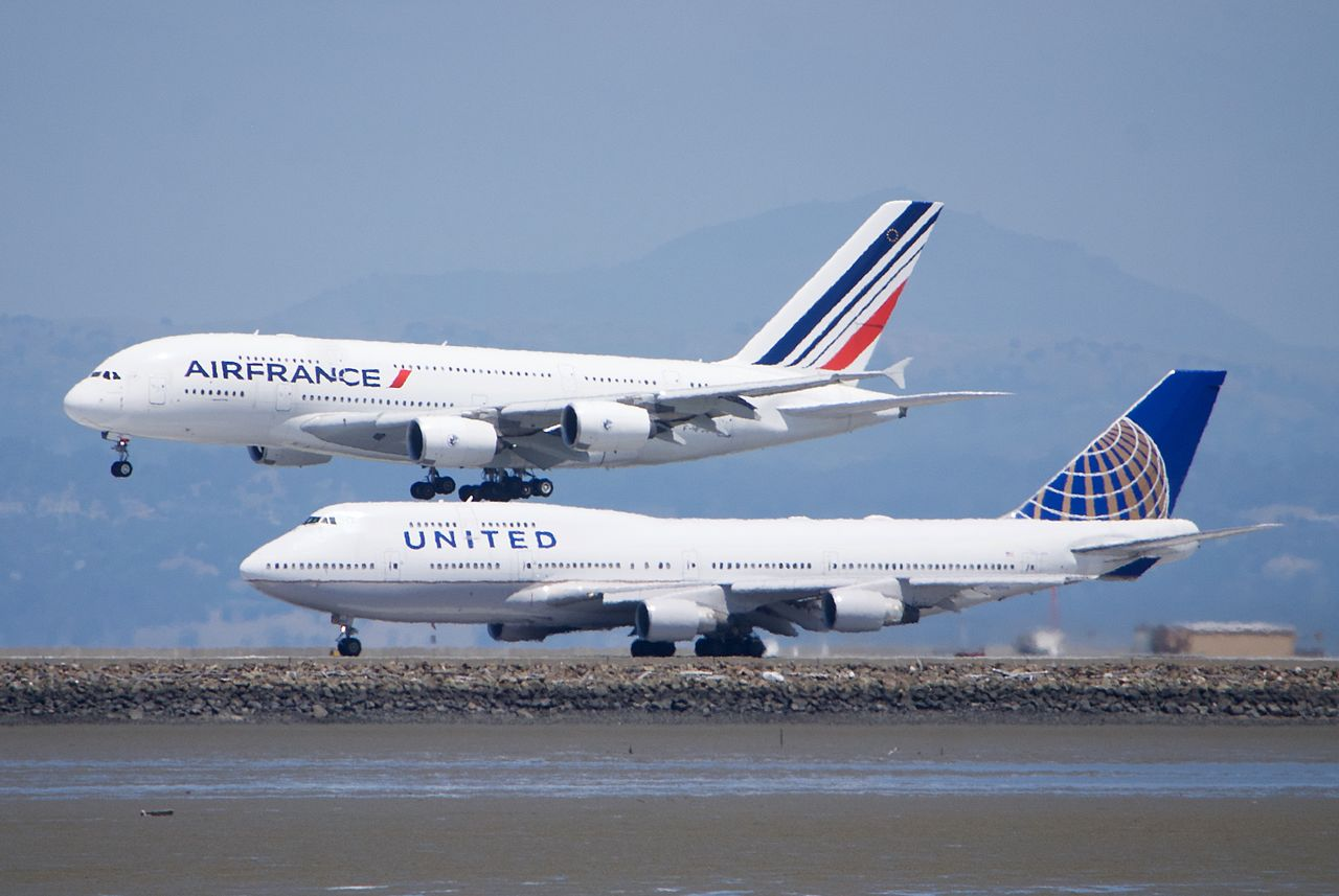 File air france airbus a380 united boeing 747 sfo for A380 air france interieur