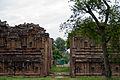 Airavatheeswara Temple at Darasuram 12.jpg