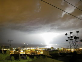 Éclair nuage-sol à Alger en Algérie