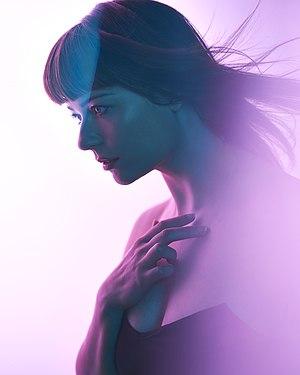 Alison Garner - Shapes of Mine by Roberto Vivancos