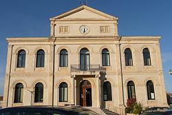 Ancien hôtel de ville à Sorgues.jpg