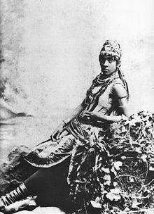 Anna Madah Hyers vestida de 'Urlina' na ópera Urlina, a Princesa Africana (1879)