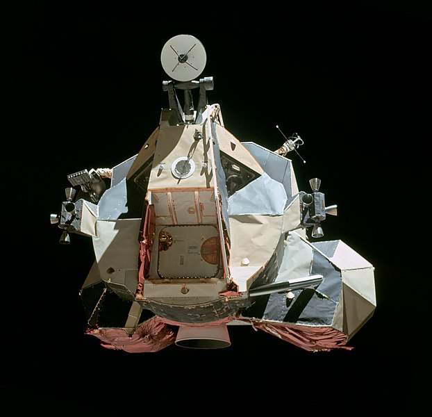 Fichier:Apollo 17 LM Ascent Stage.jpg