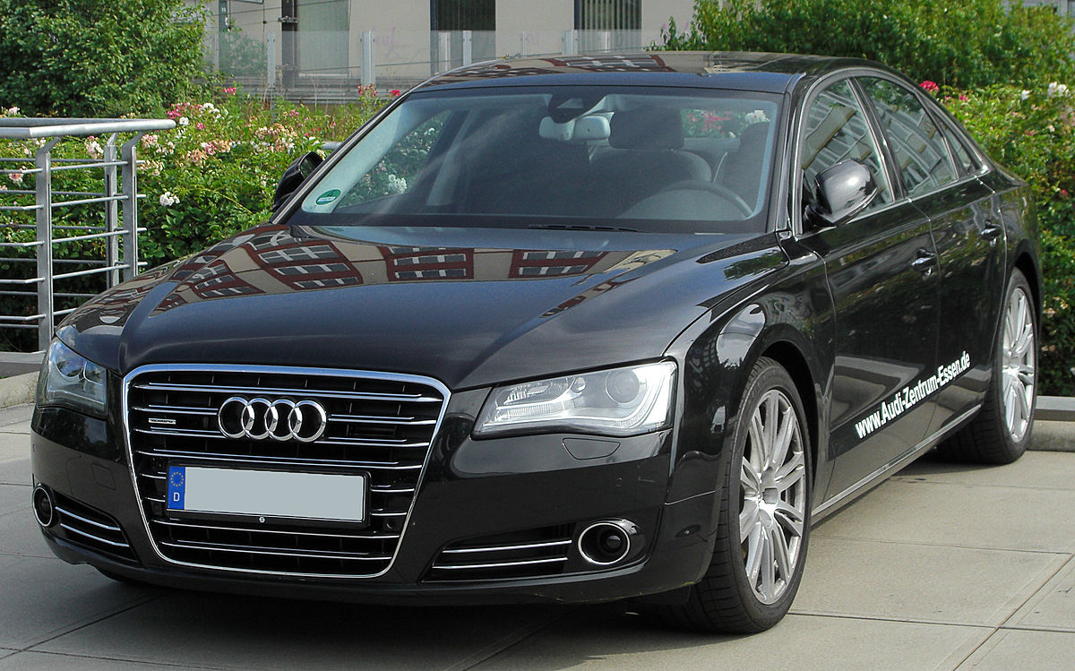 Audi A8 D4 4.2 TDI quattro front 20100717.jpg