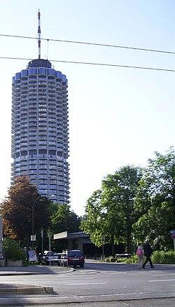 Augsburg hotelturm.JPG