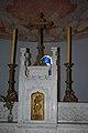 Autel de l'église de Loché (71) - 1.JPG