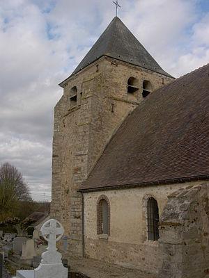 Avant-lès-Marcilly - Image: Avant les Marcilly église 01