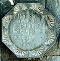 Azat Vshtuni plaque.jpg