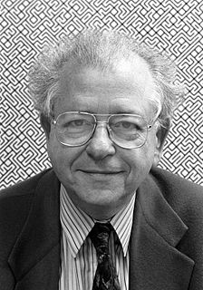 Béla Julesz visual neuroscientist and experimental psychologist in the fields of visual and auditory perception
