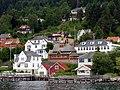 Balestrand Norwegen; Blick auf St. Olaf´s Church.JPG