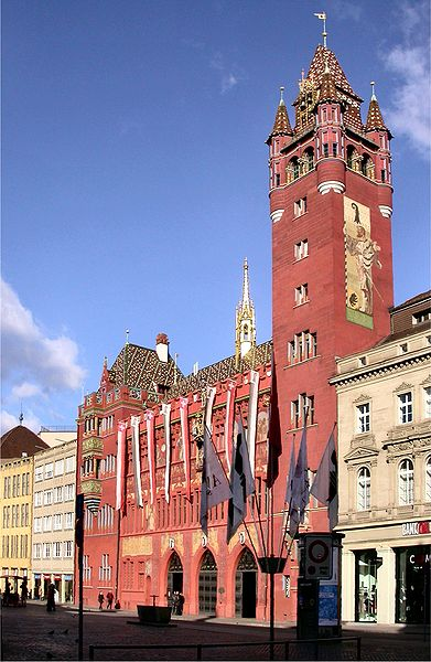 http://upload.wikimedia.org/wikipedia/commons/thumb/c/c2/Basel_rathaus.jpg/391px-Basel_rathaus.jpg