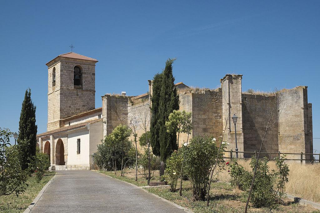 File:Belmonte de Campos San Pedro 579.jpg - Wikimedia Commons