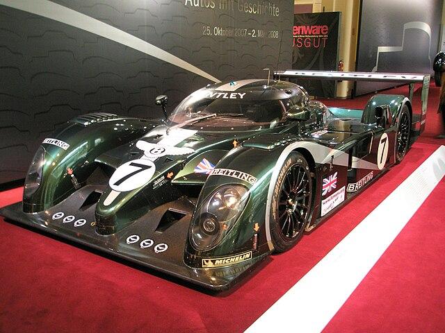 Archivo:Bentley Speed 8.jpg