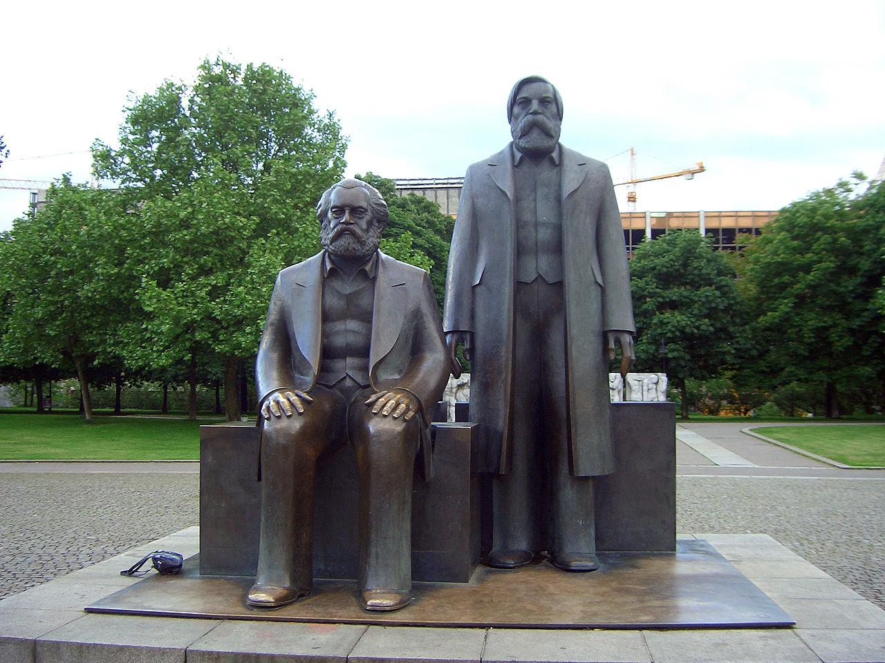 Berlin-2006-Marx-Engels-1994.jpg