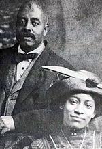 Ross et Nora Hendrix, les grands-parents paternels de Jimi Hendrix.