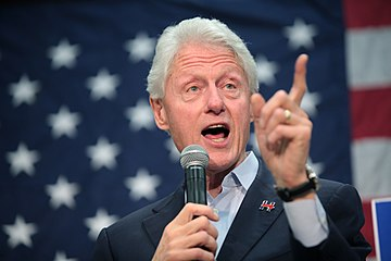 Bill Clinton (25881799091).jpg