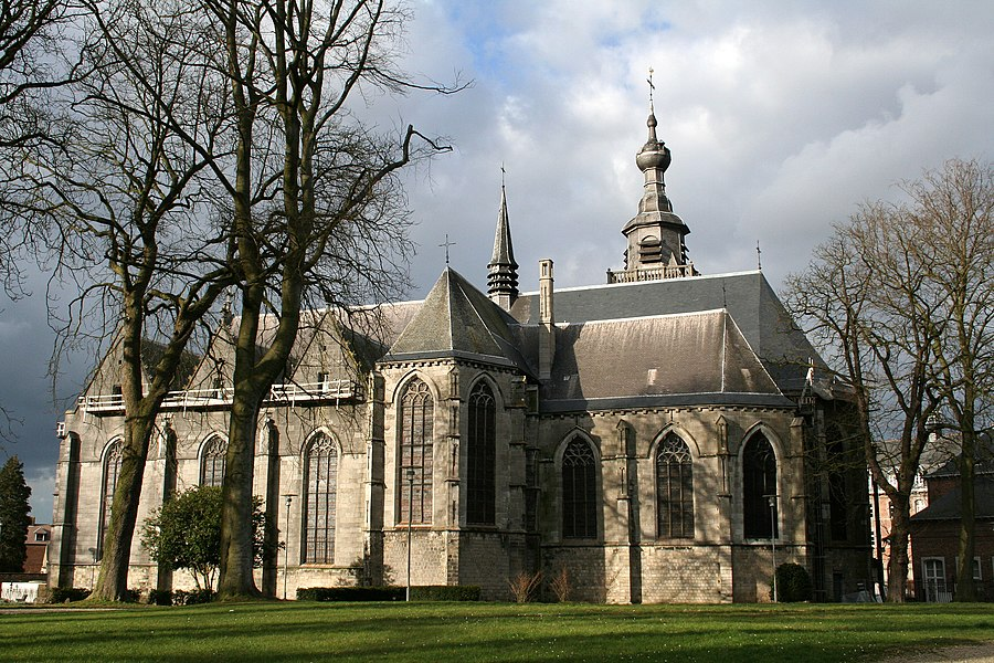 Binche  (Belgium), the old St. Ursmer Collegiate church (XIV/VIIth centuries).