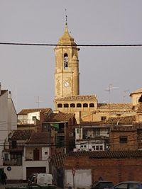 Binefar. Torre de la iglesia y casas. (102205247).jpg