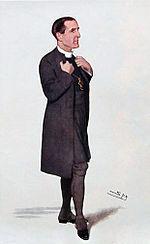 Tekening van een donkerharige man, naar rechts gericht, gekleed in een lange zwarte jas, zwarte kousen en witte kraag.  Hij grijpt zijn revers vast alsof hij iets wil zeggen.