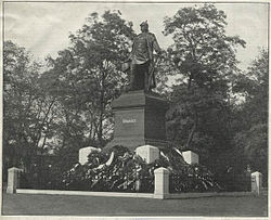 Pomnik Ottona von Bismarcka w Poznaniu na początku XX wieku