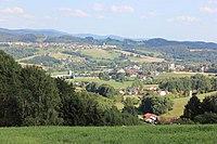 Blick auf Hunderdorf und Windberg.JPG