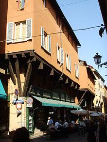 Portici di bologna wikipedia for Piani di casa con portici schermati e sunrooms