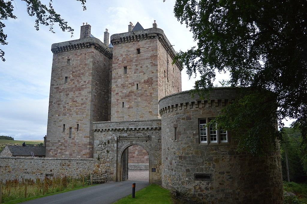 Borthwick Castle, Gatehouse 03