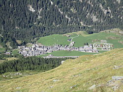 Bourg-Saint-Pierre.JPG