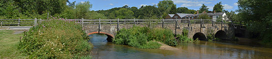 Bridge over the River Wey, Tilford (north east side of green) 2.jpg
