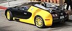 Bugatti Veyron 2 (15386162098).jpg