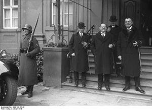 Karl Scharnagl - Karl Scharnagl (middle) 1930 at Reich Chancellery in Berlin