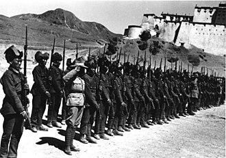Tibetan Army - Soldiers of the Tibetan Army in Shigatse, 1938.