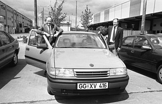 Opel Eisenach - Presentation of the Opel Vectra at the (AWE) plant at Eisenach in May 1990.   Assembly of the Vectra at the old Wartburg plant started five months later.  One year after that the AWE plant closed, and another year later vehicle production started at Opel's new plant across the town