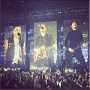Busted (band) - Image: Busted live in Birmingham