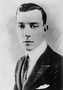 L'actor y director cinematografico estatounitense Buster Keaton.