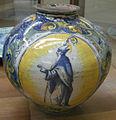 C.sf., venezia, maestro domenico, coppia di vasi a boccia, terzo quarto del xvi sec. 02.JPG