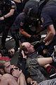 C037 Posados robados junto al Congreso.JPG