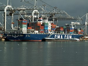 CMA CGM Bellini IMO 9280598 (aft view), at the Amazone harbour, Port of Rotterdam, Holland 11-Feb-2006.jpg