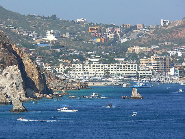 Cabo San Lucas Bay by https://commons.wikimedia.org/wiki/User:Stan_Shebs via https://commons.wikimedia.org/wiki/File:Cabo_San_Lucas_bay.jpg