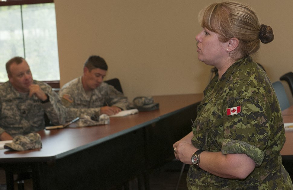 Canadian Forces brief Vermont Army National Guard on women in combat roles 150912-Z-QI027-0002