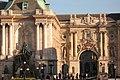 Castillo de Buda. Fuente de Matías y Puerta de los Leones.jpg