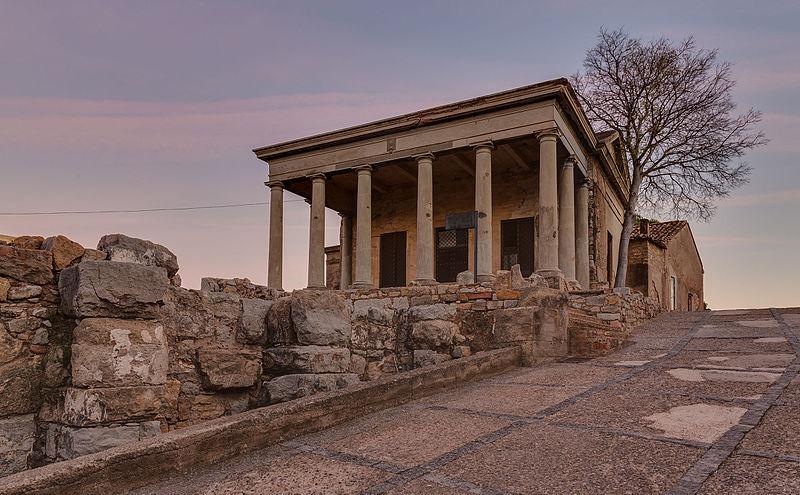 File:Castillo de Sagunto, España, 2015-01-03, DD 12-14 HDR.JPG