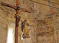 Castrillo de Duero iglesia Asuncion altar mayor y crucifijo ni.jpg