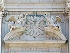 Chiesa dei Gesuiti Cannaregio Venezia dettaglio facciata.jpg