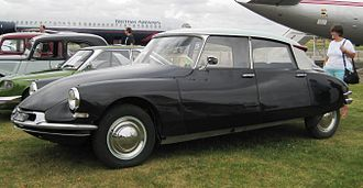 Rover P6 - The Citroën DS19 inspired the Rover 2000 design