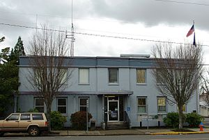 Gladstone, Oregon - City Hall and municipal court