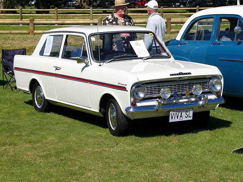 File:Classic Car Day - Trentham - 15 Feb 2009 - Flickr - 111 Emergency (39).jpg