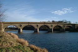 Coldstream Bridge02 2000-01-03.jpg